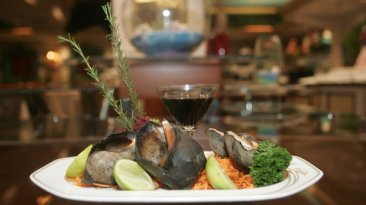 Variedad a la mesa en Las Palmeras del Sheraton