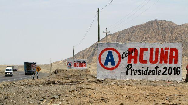 ASCOPE, 25 DE OCTUBRE DE 2012PINTAS POLITICAS QUE APOYAN LA CANDIDATURA PRESIDENCIAL DE CESAR ACU?A PERALTA.FOTO: VICTOR GONZALES / EL COMERCIO