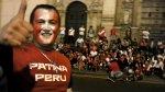 Patinadores pintaron de rojo y blanco la Plaza de Armas de Lima - Noticias de avenida perú
