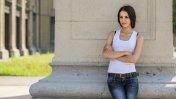 Súbele el nivel de moda a tus polos simples con estos consejos