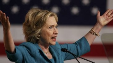 """Hillary Clinton: """"El embargo a Cuba debe acabar de una vez"""""""