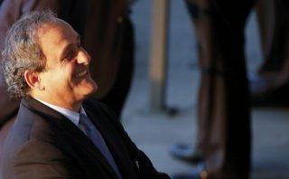 Michel Platini: Chile, Uruguay, México y el Caribe lo apoyan