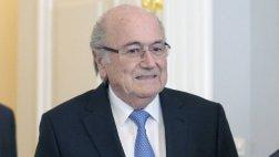 FIFA: Blatter dejó su cargo en el Comité Olímpico Internacional