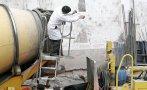 Dos obreros murieron sepultados por cemento en silo de VMT