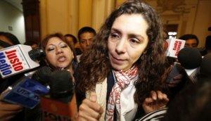 Esposa de ex ministro aprista visitó a Rocío Calderón Vinatea