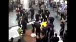 Ataúd de fallecida en escaleras fue dejado en centro comercial - Noticias de accidente
