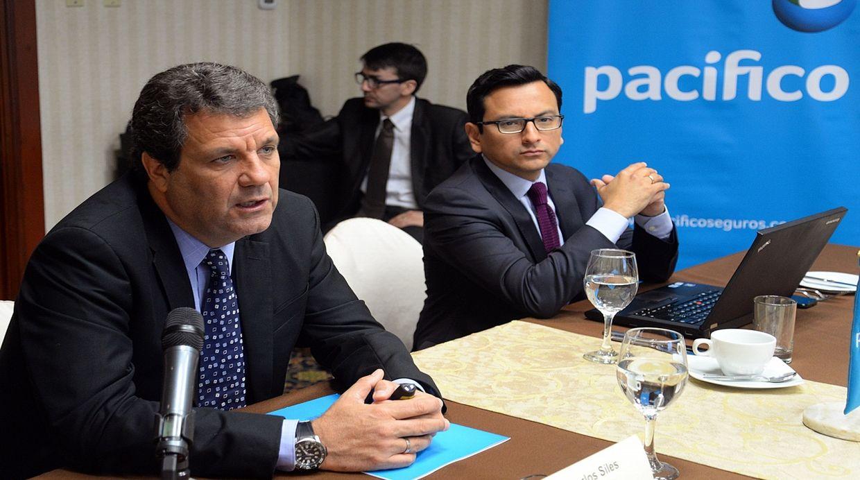 Carlos Siles y Juan Carlos Olivera, de Pacifico Seguros. (Foto: Difusión)