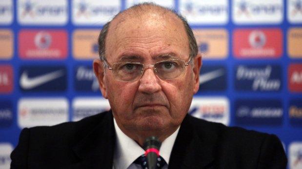 Federación de Grecia rescindió contrato de Sergio Markarián