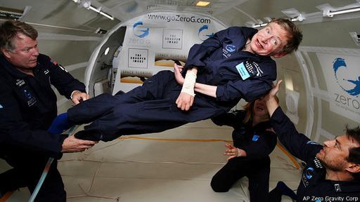 Hawking celebró su 65º cumpleaños en un viaje en el avión de gravedad cero de la NASA.