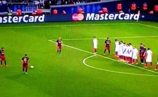 Lionel Messi anotó dos golazos de tiro libre en 15 minutos