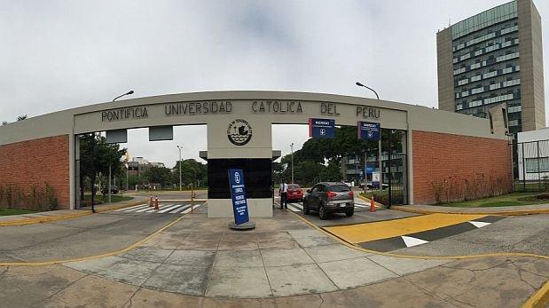 primera universidad en el peru: