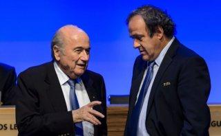 Joseph Blatter asegura que Platini lo amenazó con la cárcel