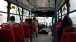 San Isidro: hay tanto caos que bajan de buses para ir a pie - Noticias de estacionamientos rivera navarrete