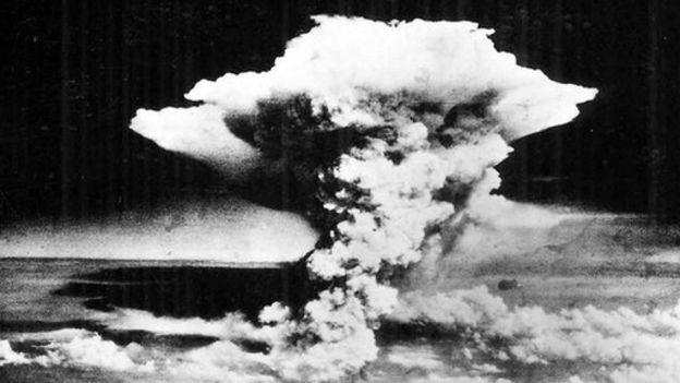 Nube sobre Hiroshima tras la explosión de la bomba atómica. (Foto: BBC Mundo)