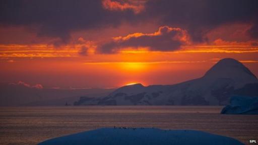 Al contrario de lo que pensaban los investigadores, durante el verano, en el océano Antártico, aumentan el número de gotas suspendidas sobre el mar.