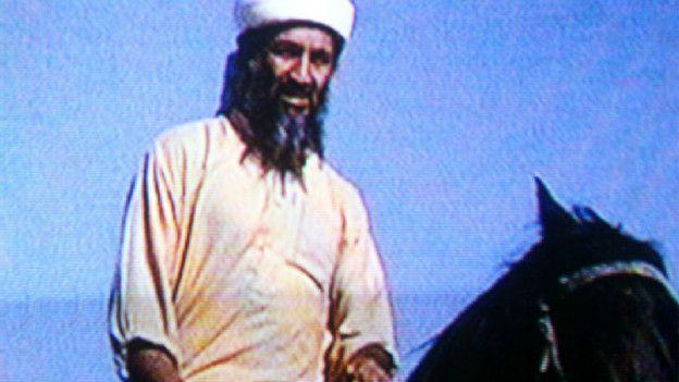 Osama Bin Laden quería proyectar una imagen de militante eficaz, según el profesor Flagg Miller. (Foto: BBC Mundo)