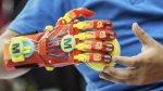 Niño francés recibe una prótesis hecha con una impresora 3D - Noticias de impresoras 3d