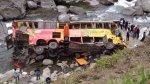 Bus se desbarrancó y terminó en río San Gabán [FOTOS] - Noticias de accidentes en carreteras