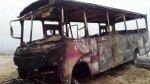Trujillo: sujetos queman microbús y chofer sufre quemaduras - Noticias de plaza de armas de trujillo