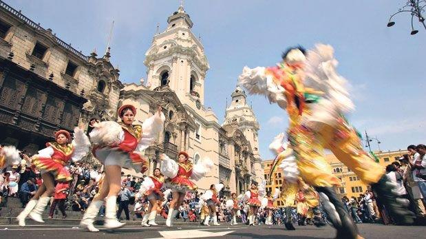 Día Mundial del Folclore en la tierra de las mil danzas