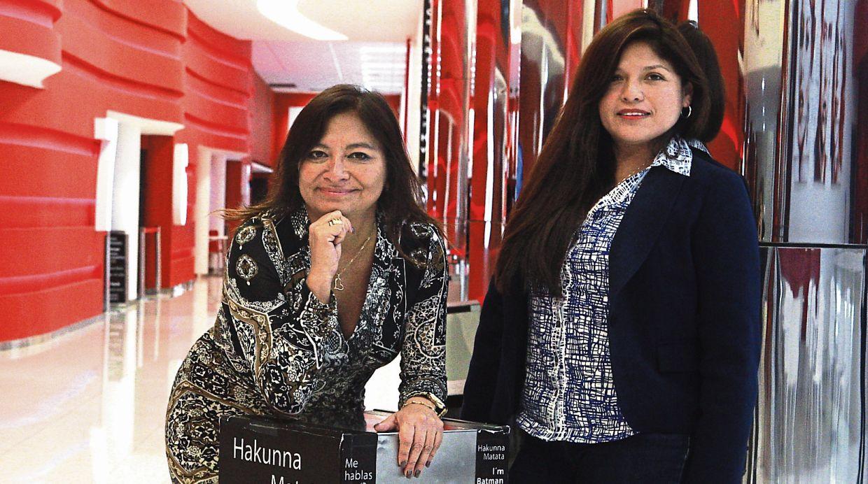 Mónica Ubillús y América Sánchez (derecha), gerenta de Márketing Alternativo, confían en que el mercado siga sumando nuevos formatos y ampliando su programación para atraer a otros públicos.  (Foto: El Comercio)
