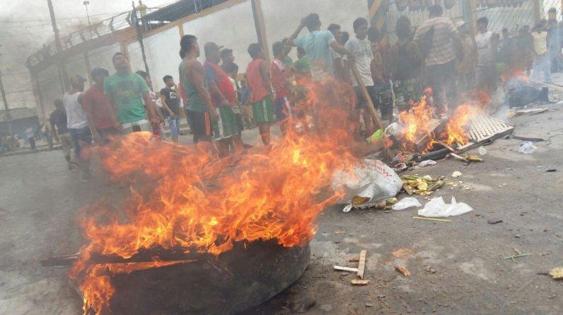 Piquetes de manifestantes bloquearon la carretera Yurimaguas-Tarapoto.(Foto: Miguel Bellido)