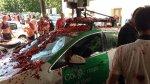 La Tomatina: Auto de Google Street View sufre graves daños - Noticias de street view