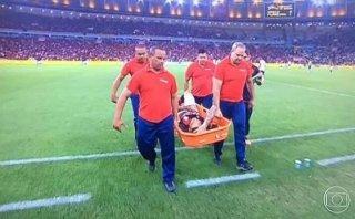 Paolo Guerrero se lesionó en partido de Flamengo (VIDEO)