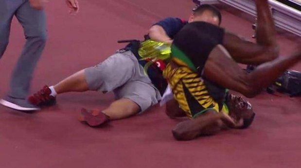 Usain Bolt fue atropellado por camarógrafo tras triunfo [VIDEO]