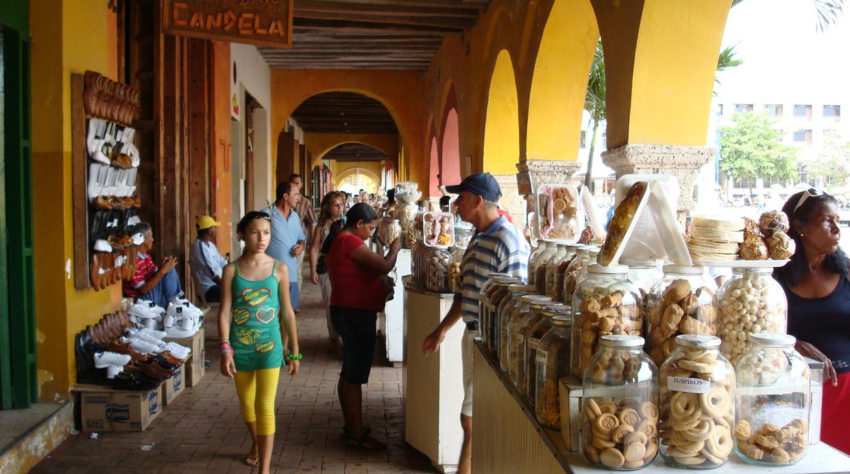 En el Portal de los Dulces se sirven los postres que Fermina Daza compró en su paseo por el antiguo Portal de los Escribanos en El amor en los Tiempos del Cólera.(Foto: Aníbal Gutiérrez / Foodies)