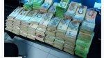 Cambió mil euros en Venezuela y le dieron cientos de billetes - Noticias de fotografía
