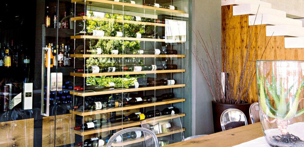 Casa y m s el comercio peru for Estantes para vinos