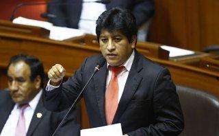 """Gutiérrez dice """"desgraciado"""" a Chehade por alusión a Nadine"""