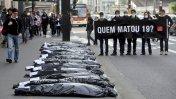 """""""¿Quién mató a 19?"""": Piden justicia por masacre en Sao Paulo"""