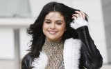 Selena Gomez: ¿Cuánto cuesta vestirse como ella?