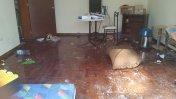 Lince: más de 50 personas se atrincheraron y destruyeron casa