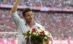 Claudio Pizarro recibió homenaje del Bayern Múnich