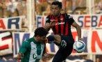 Brutal planchazo en fútbol argentino genera indignación [VIDEO]