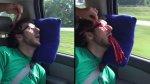 Amigos le juegan esta broma pesada mientras dormía [VIDEO] - Noticias de