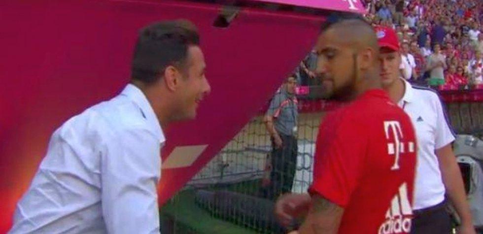 Claudio Pizarro niega polémica con Vidal y cuenta qué le dijo