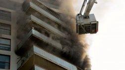 San Isidro: así controlaron los bomberos incendio en edificio