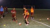 Farfán y Vargas entrenaron esta noche con la selección (FOTOS)