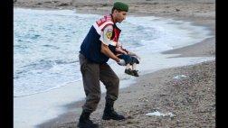 La foto de un niño muerto, símbolo del drama de refugiados