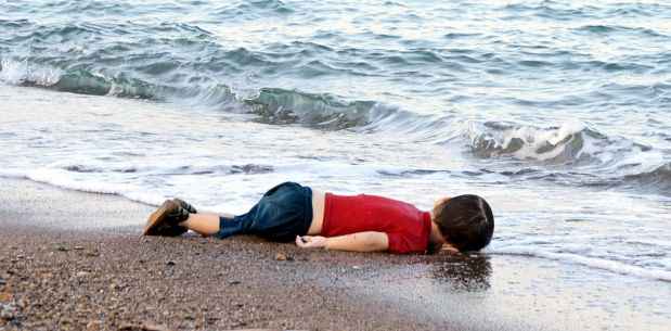 [Foto] La foto de un niño muerto, símbolo del drama de los refugiados