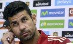 Diego Costa tuvo problemas con el inglés en plena conferencia
