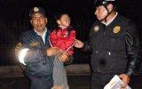 Padres quisieron abandonar a su niño en un parque de Trujillo