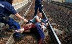 Hungría: la violenta detención de un tren con refugiados