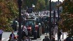 Francia: Mil tractores bloquean calles de París [VIDEO] - Noticias de produccion de leche