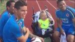 James Rodríguez compartió momento con joven que padece enanismo - Noticias de enanismo