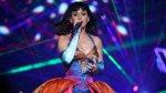 Katy Perry no es una buena conductora de segway [VIDEO] - Noticias de burning man